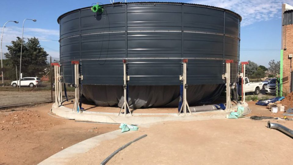 Industrial Water Tank – Rainbow Tank