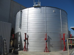 Water tanks for industrial uses