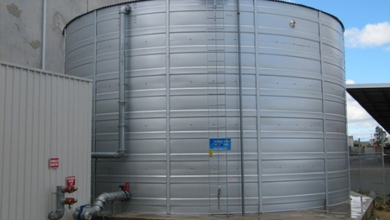 bulk water storage tank